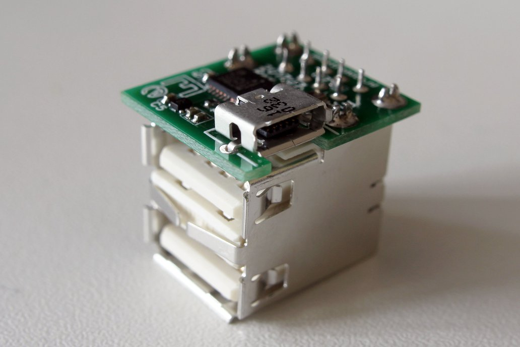 Microhub - the smallest USB hub with connectors! 1