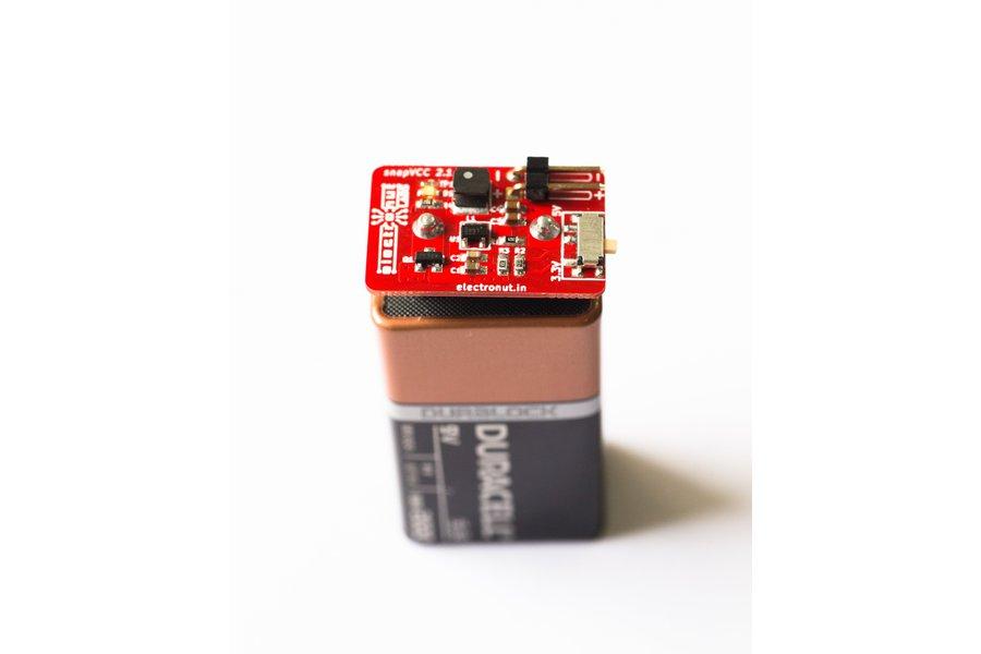 snapVCC  3.3/5 V regulator snaps onto 9V battery