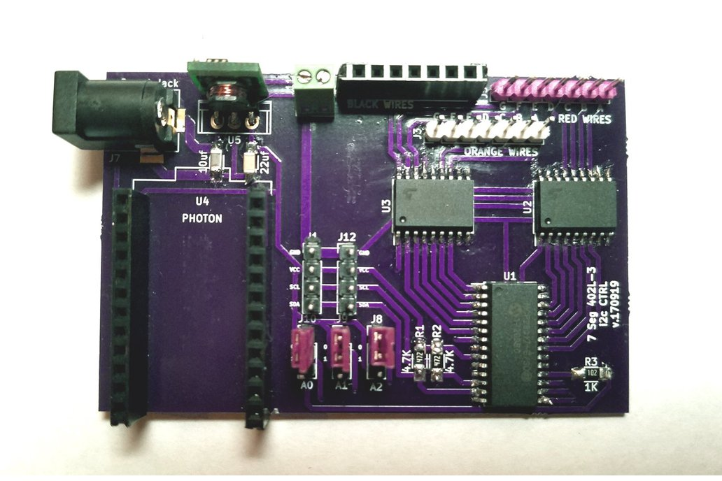 Sig7Seg - i2c controller Photon Shield version