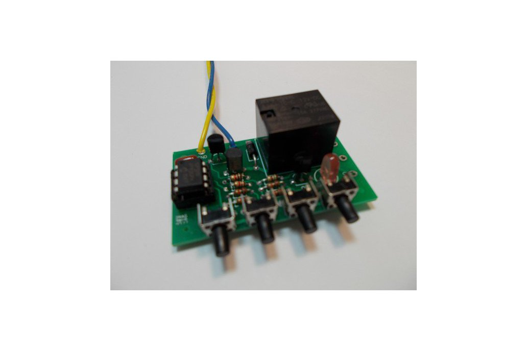 PIC 8-Pin Development Kit (#2090) 1