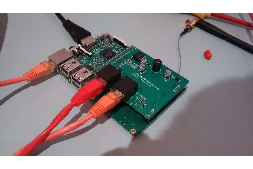 iC880A LoRaWAN PoE adapter for Raspberry PI 1