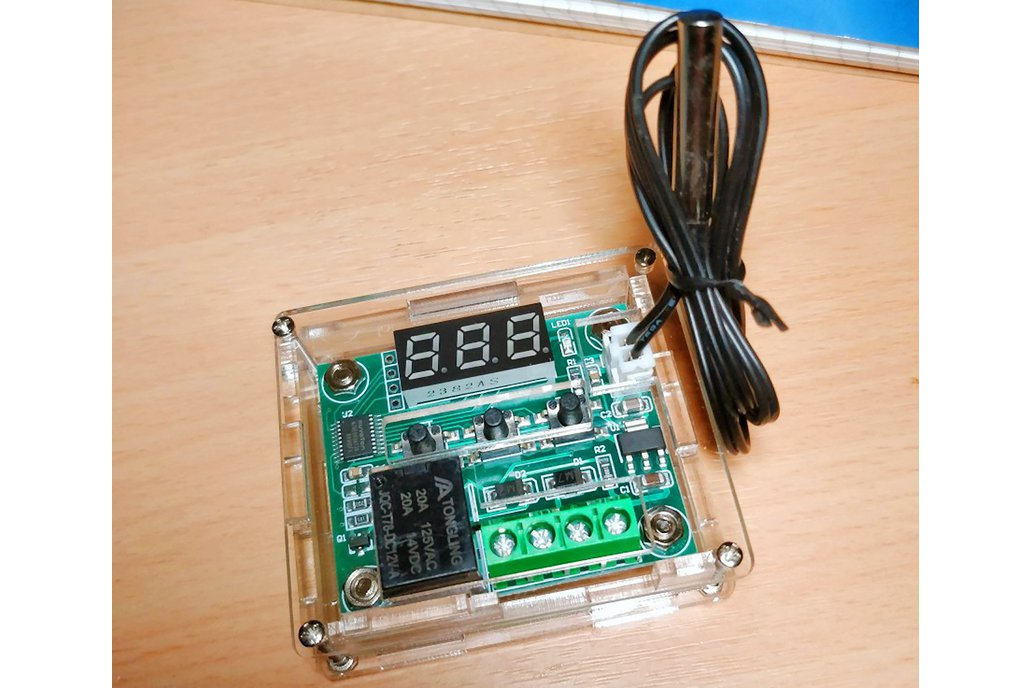 Adjustable temperature relay sensor & acrylic box 1