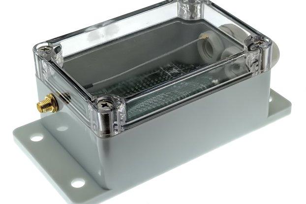 qBox DIY IOT Enclosure Plus Kit (One SMA)