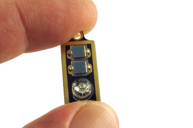 Solar flashing green diamond LED earrings, pendant