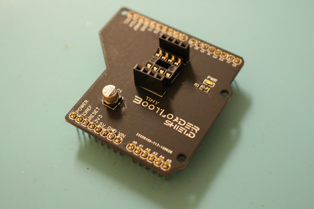 Tiny Bootloader Shield 1