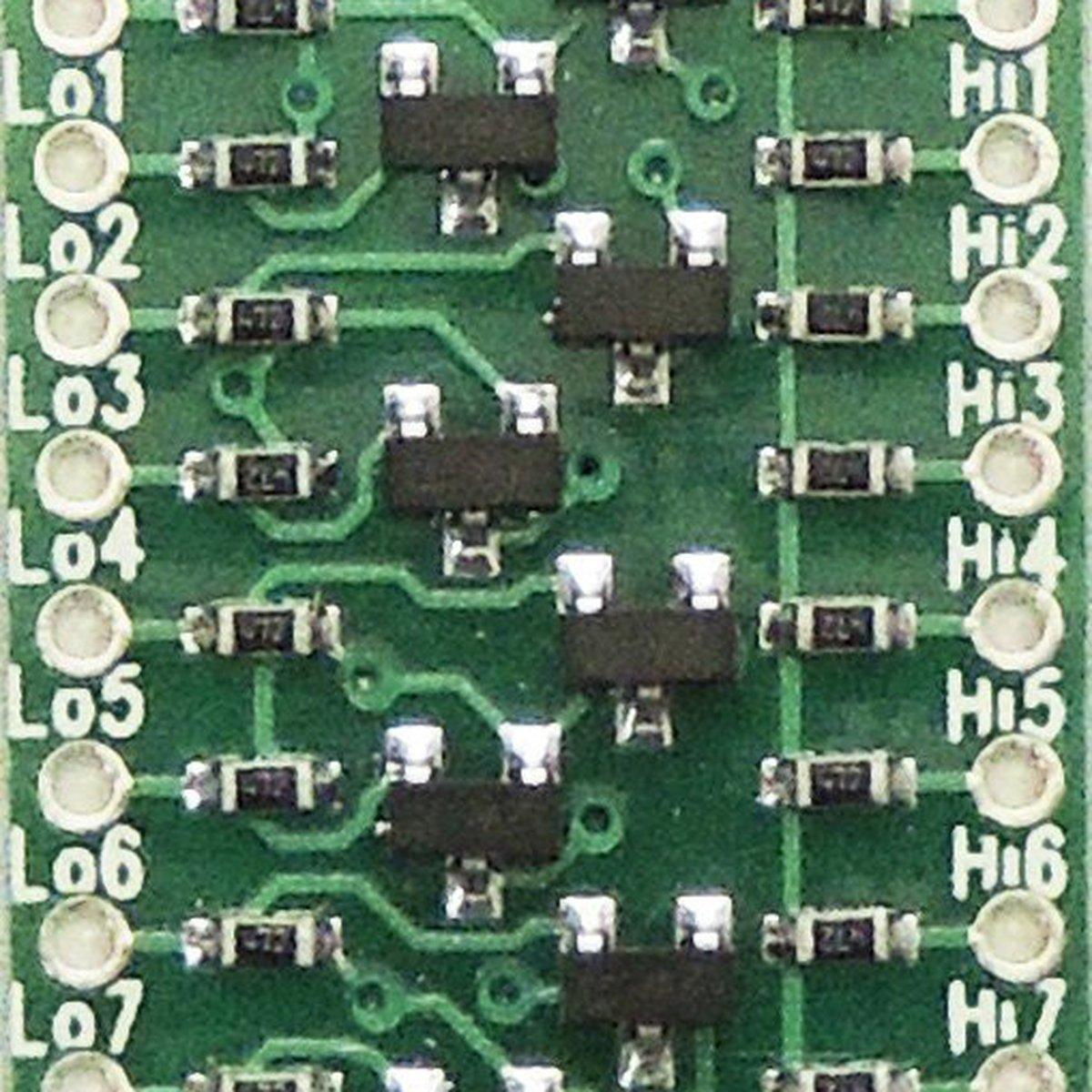 I2C bi-directional level shifter