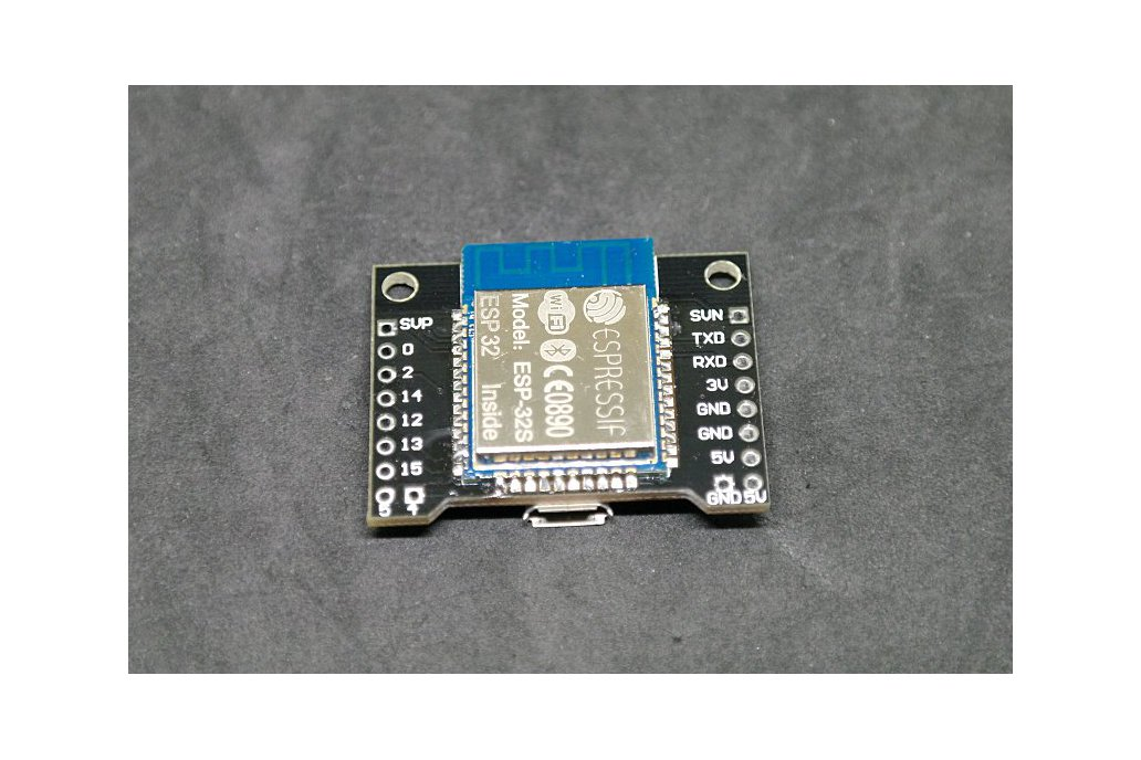 X-32 - a WiFi  and Bluetooth Development Board 1