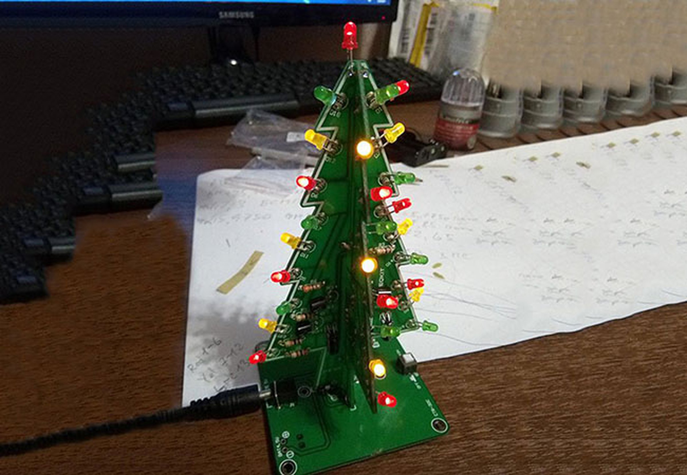 Diy Flashing Led Christmas Tree Circuit Kit7212 From Icstation On Light Wiring Diagram In Addition 3 Wire 1
