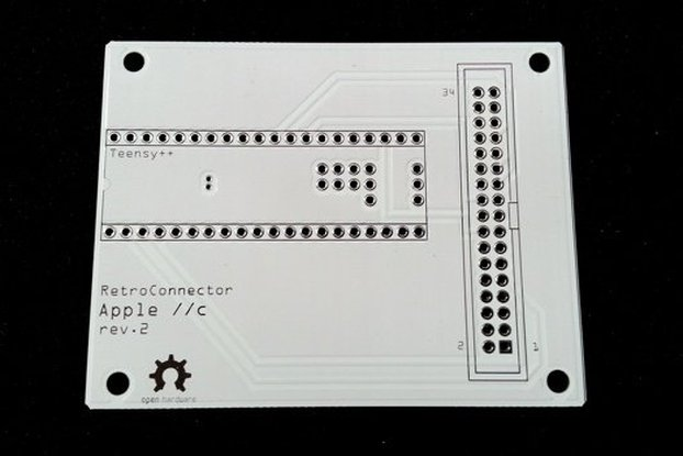 RetroConnector keyboard shield for Apple IIc+ kit