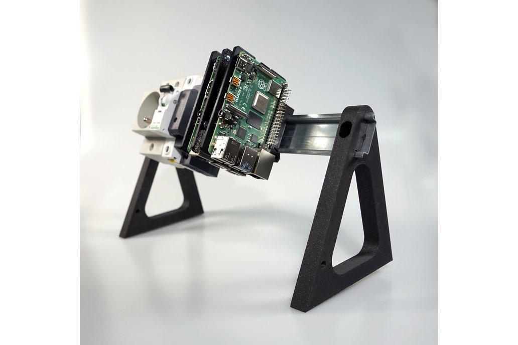 DIN Rail Desktop Stand 1