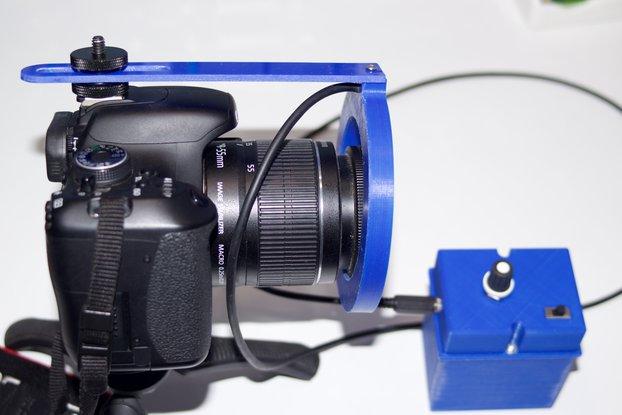 Variable intensity LED ring for DSLR cameras
