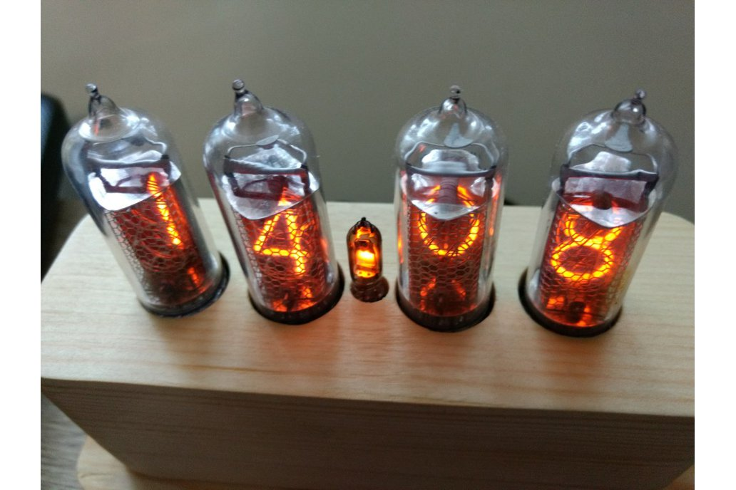 IN-14 Nixie Tube Clock in Wooden Case 5