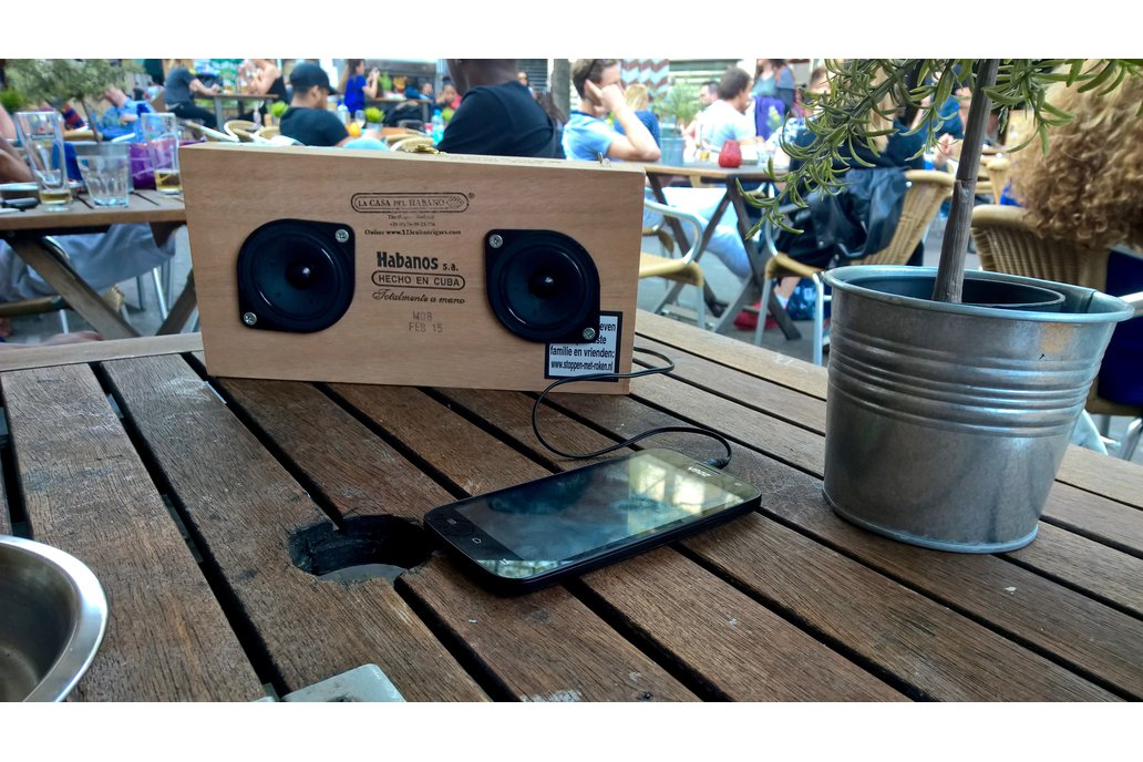 Solar-charging boombox electronic kit 3
