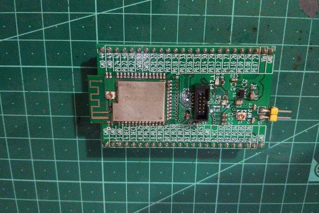 E73-2G4M04S NRF52832 Module Breakout Board