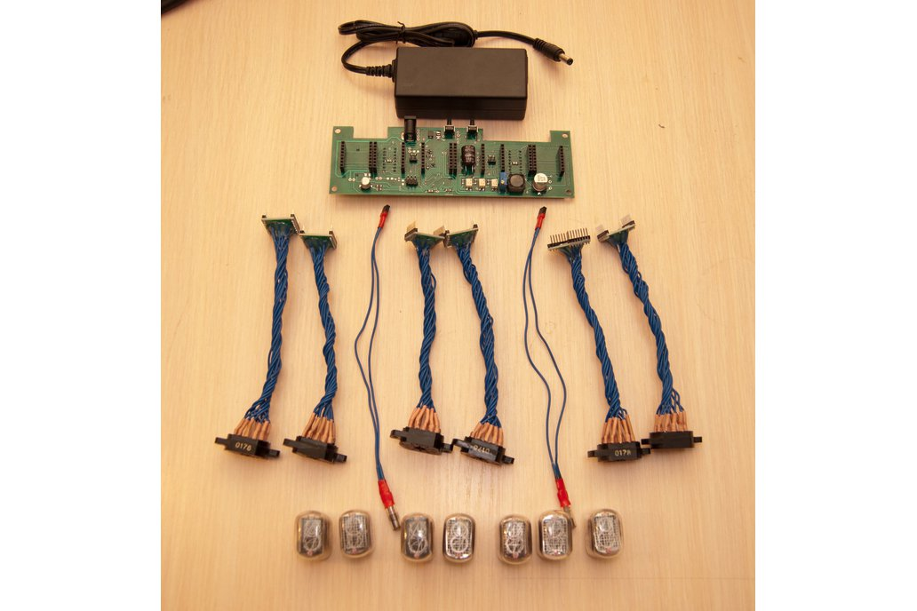 Nixie Tube Clock  with 7 replaceable tubes IN-12A 1