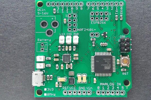 ATmega32u4 board w/ NRF24l01+ socket