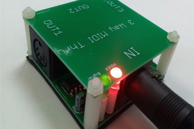 3 way MIDI Thru Splitter (Powered from MIDI buss)