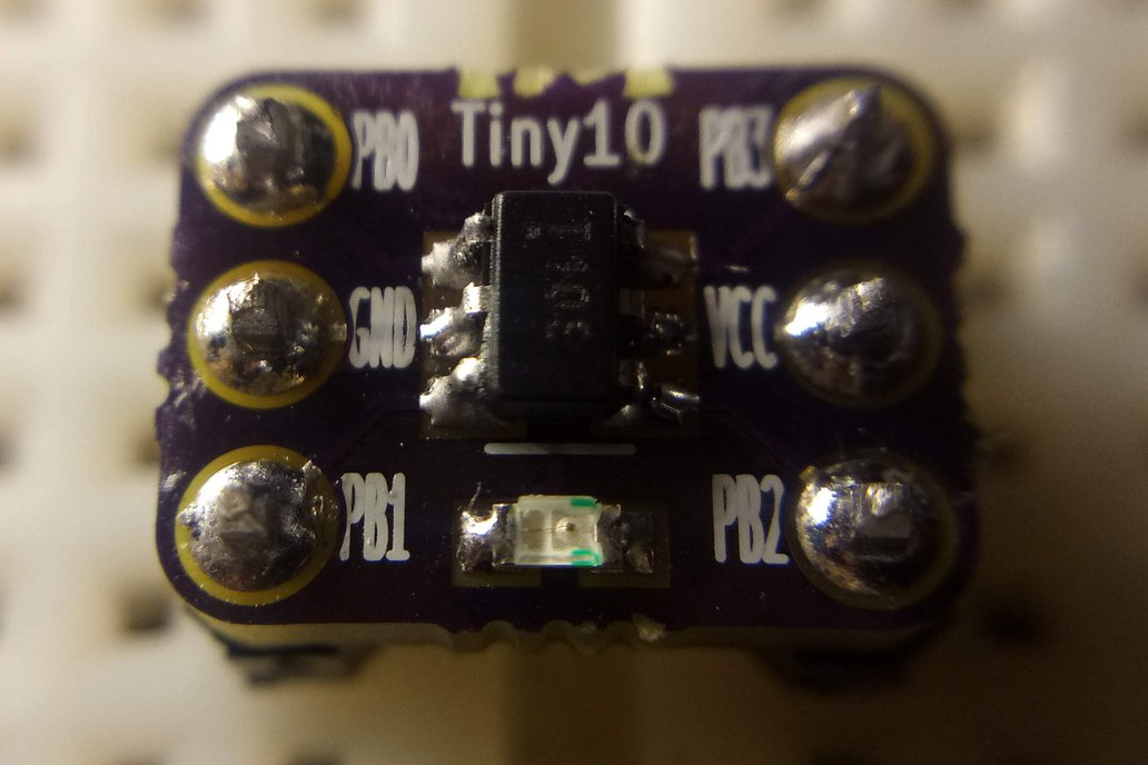 ATtiny10 Breakout Board 1