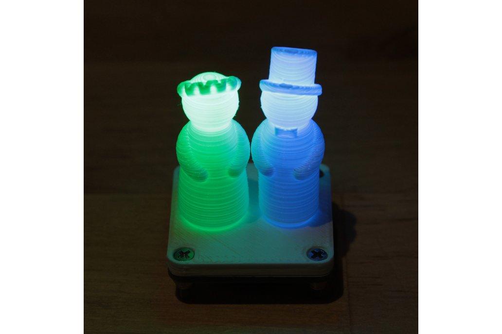 Wedding figurine with fading RGB LEDs 3