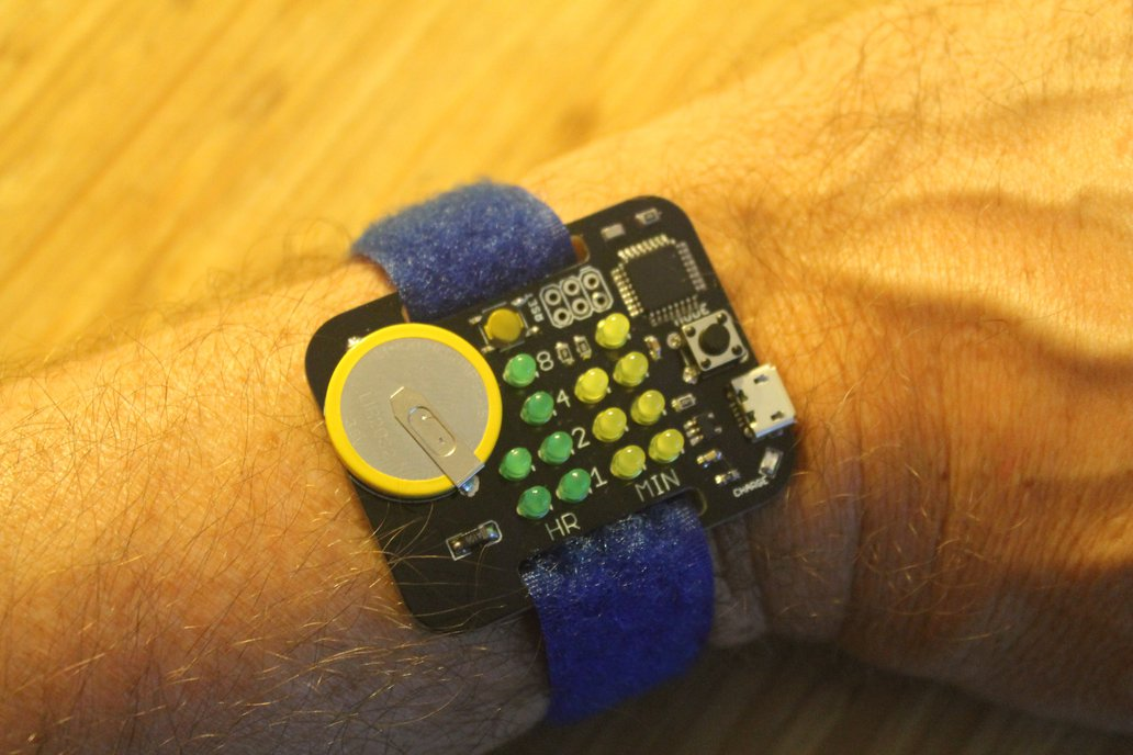 Simple Rechargeable Binary Watch 4