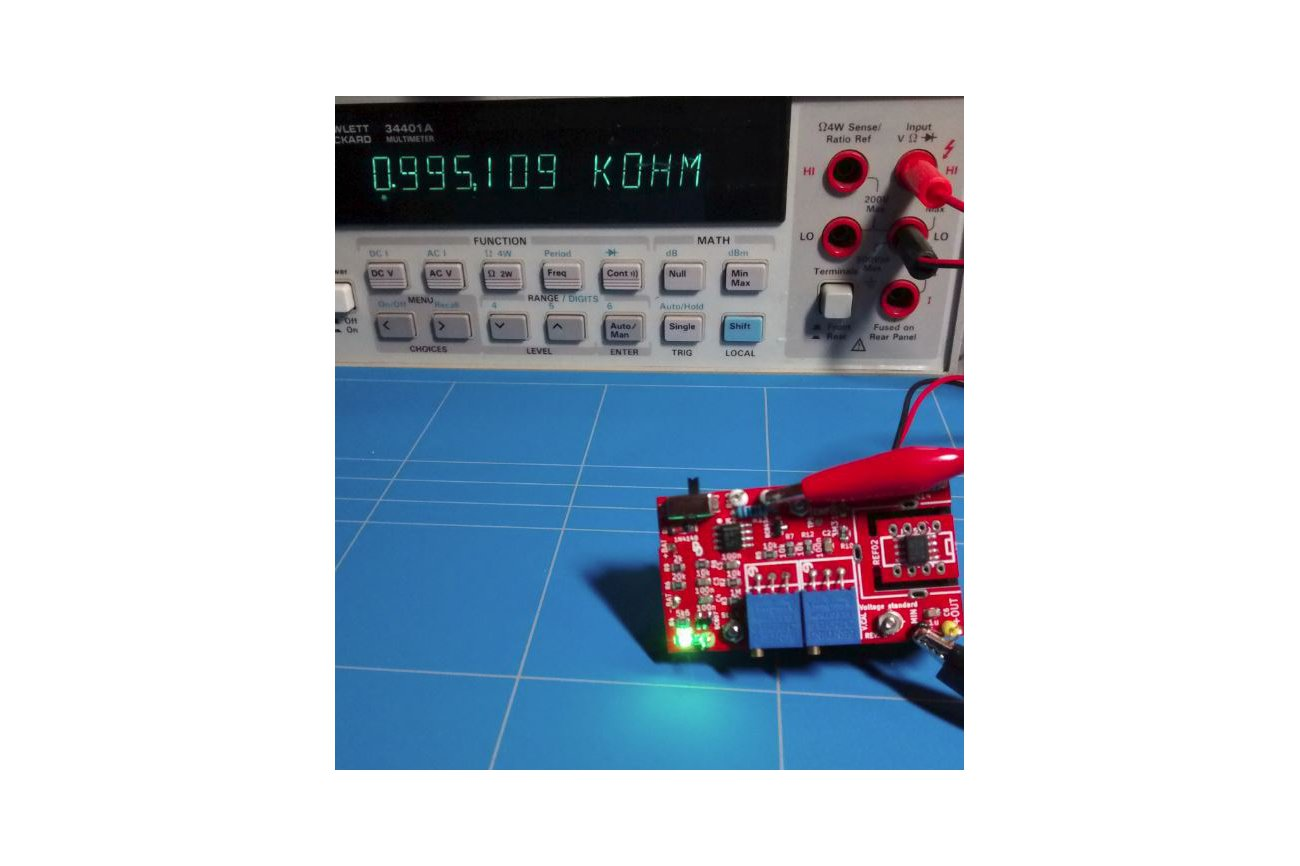 Voltage standard reference multimeter tester