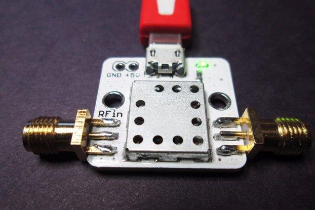 Ultra LNA 0.01-2GHz Gain >20dB NF 0.5 w USB cable