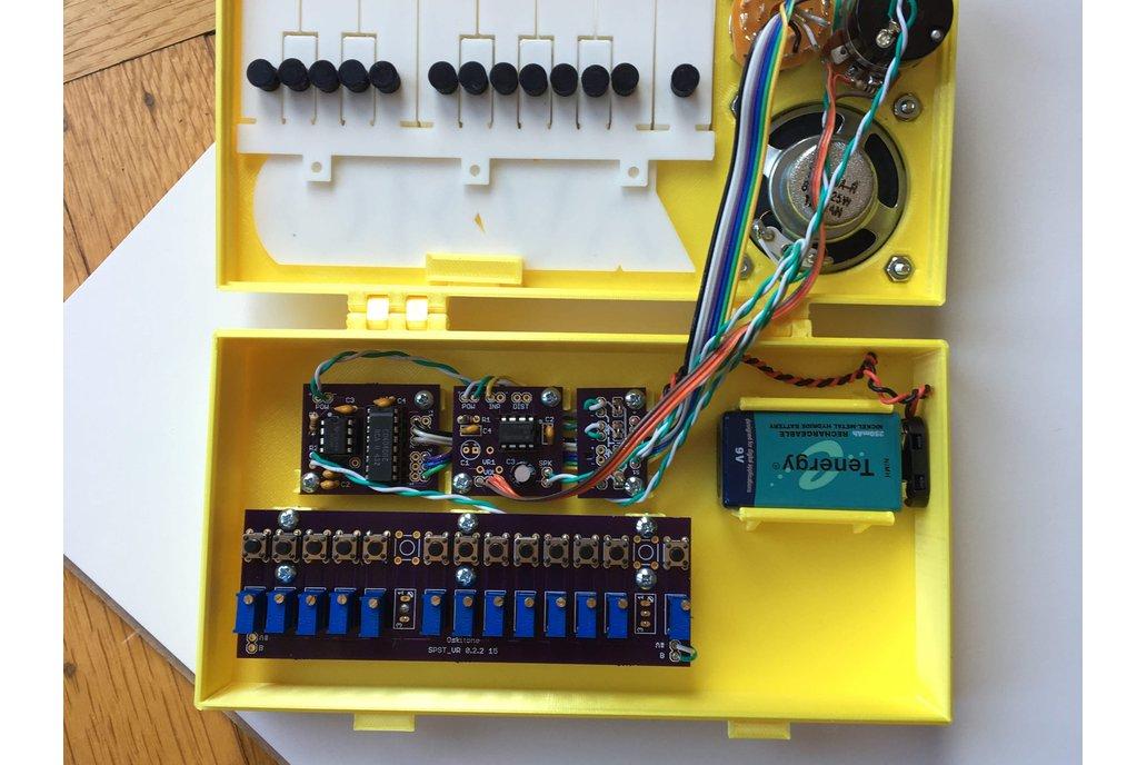 OKAY Synth DIY Kit 3