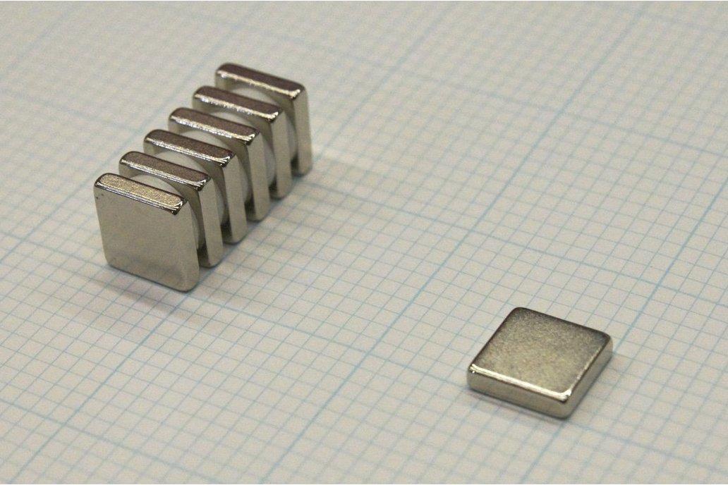 N45 Neodymium Magnet 0.5x0.5x0.125 inch 1