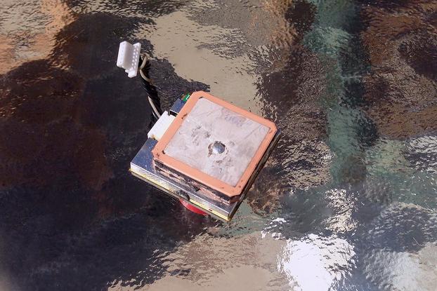 GlobalSat EM-411 Sirf Star III GPS Module