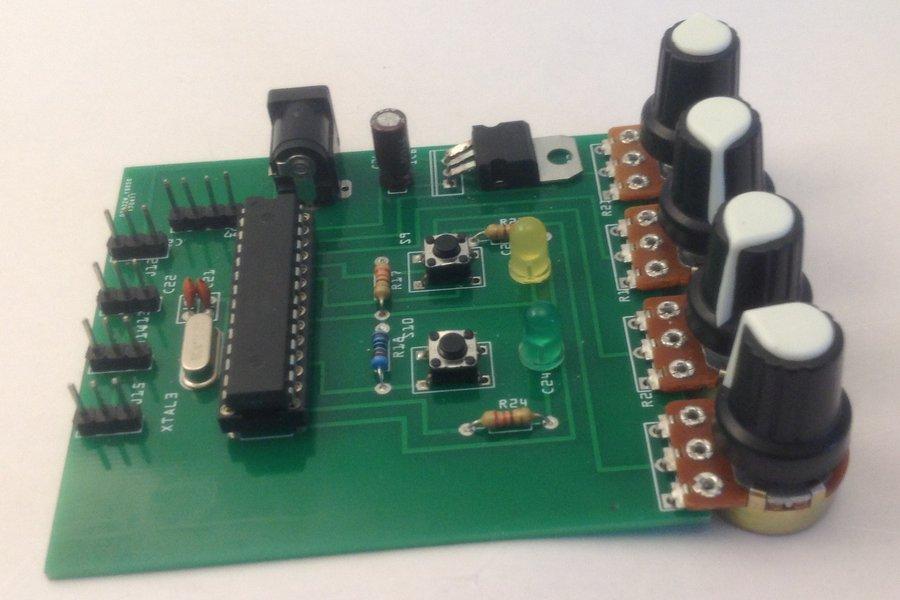 Programmable Board Pedro Petit Robot (IDE Arduino)