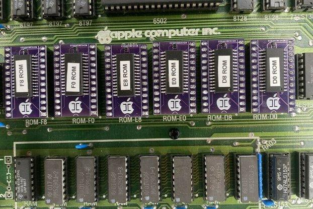 COMPLETE APPLE II & II+ ROM SET - D0 to F8