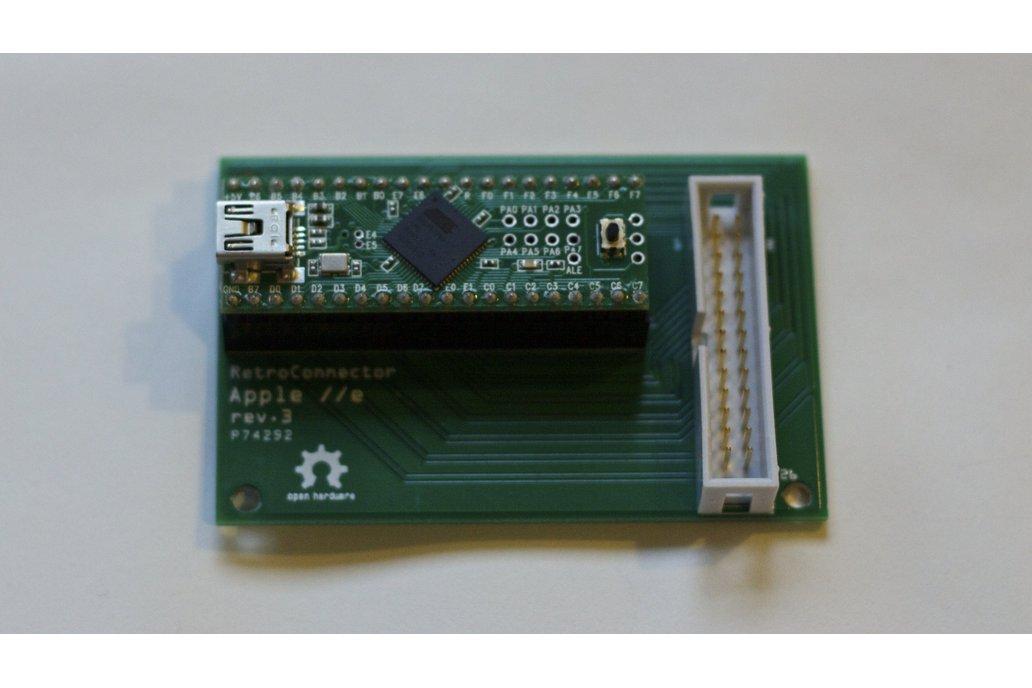RetroConnector keyboard shield for Apple IIe 1