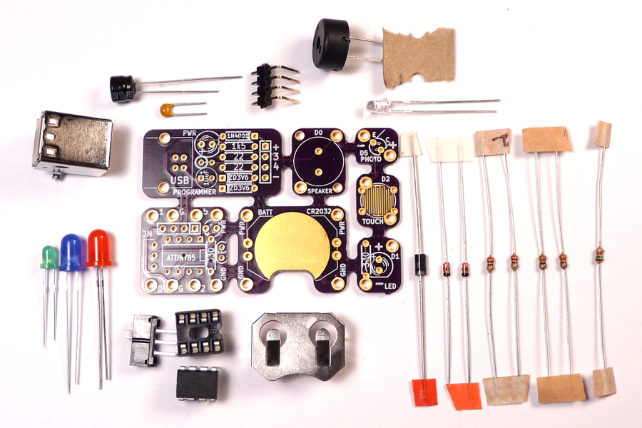 Tacuino: a low-cost, Arduino-compatible kit