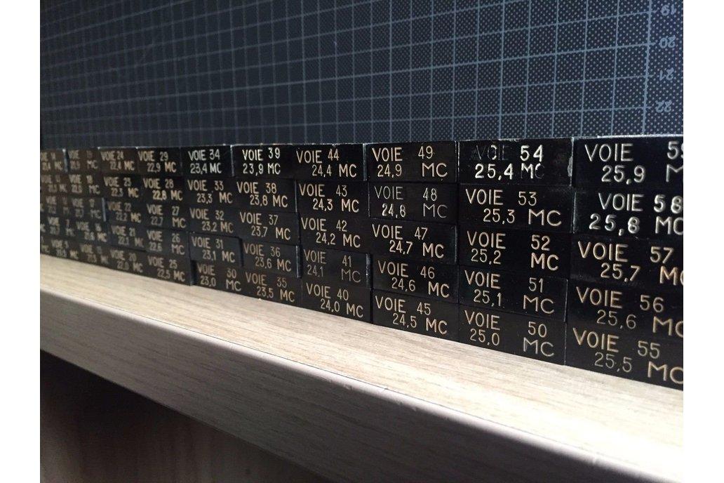 Lot of 65+ Radio Crystal Oscillators - Multi Freq 1