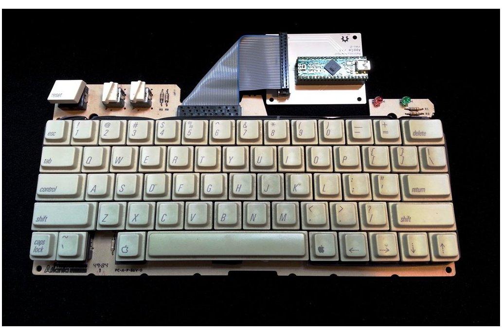 RetroConnector keyboard shield - Apple IIc or IIc+ 3