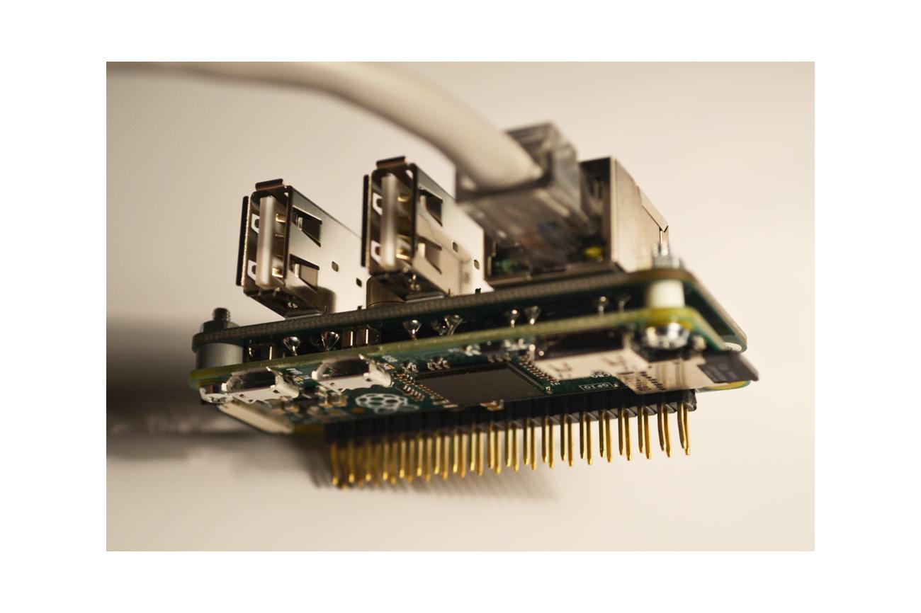 Raspberry PI Zero Ethernet RJ45 and USB hub Shield