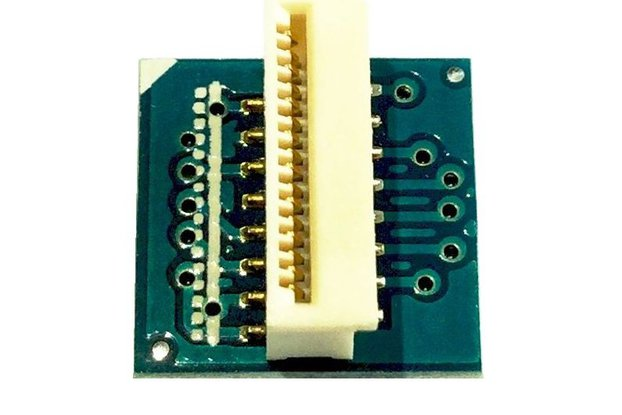 Flat Flexible Cable (FFC) connector tile