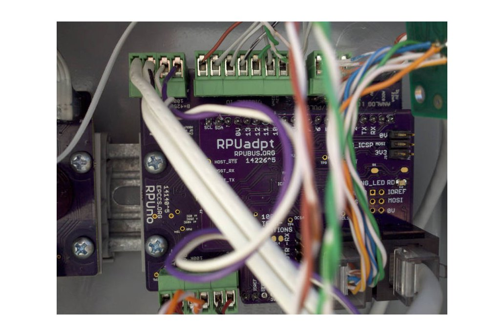 RPUadpt - a shield for RS-422 over CAT5 3