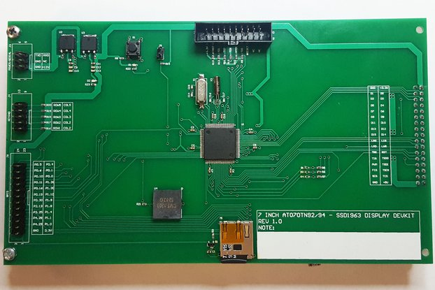 "LPC1768 Development board for 7"" SSD1963 display"