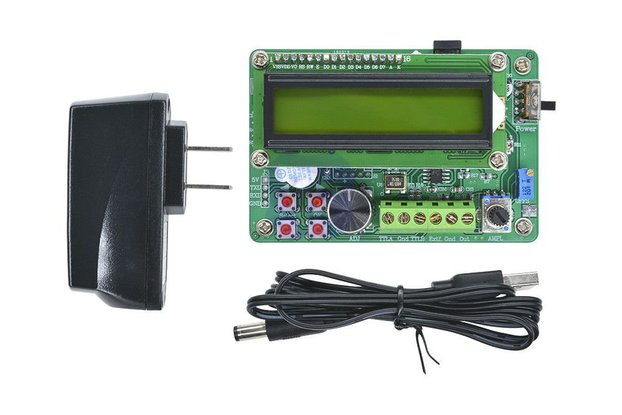 FY1005S 5MHz LCD Digital Display DDS Function