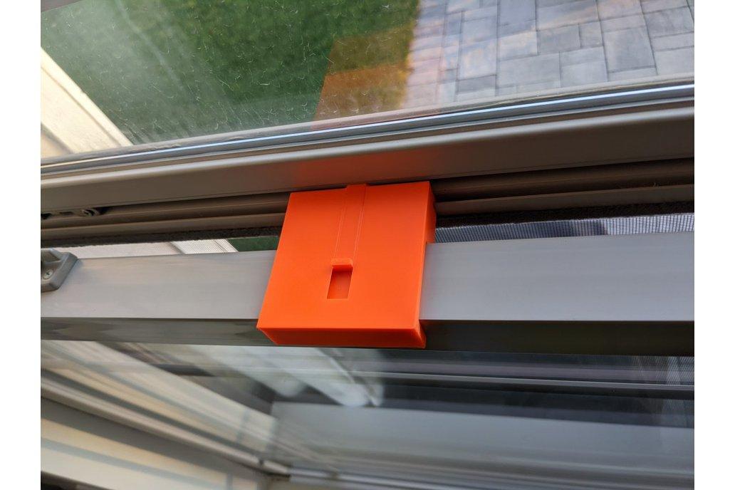 Window hold-open bracket 1