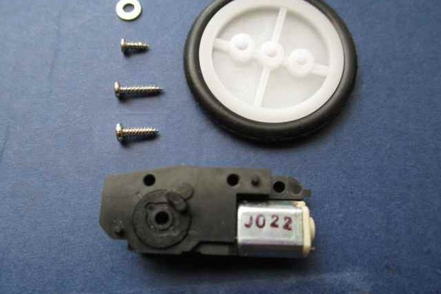 Tiny geared motor with tire/pulley for NanoBoard AG