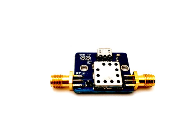 869 MHz Filtered Low Noise Amplifier 15 dB gain