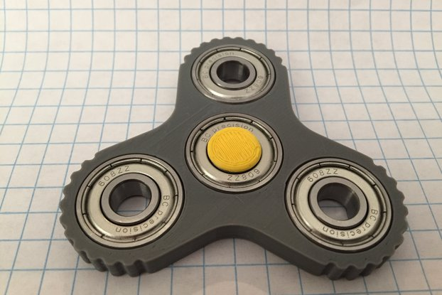 Triple Pocket Spinner