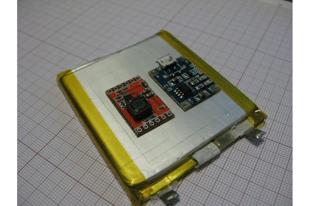 Battery KIT adjustable 3,3V 5V out high efficiency 2