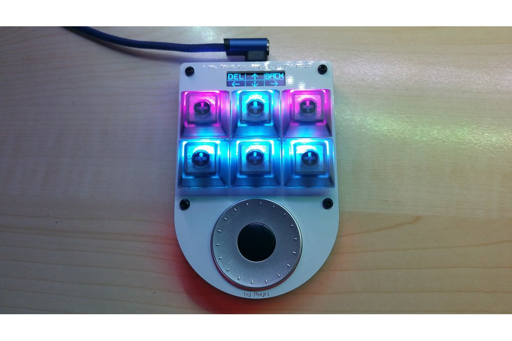 6 Key Macro Keypad with Rotary Encoder and Display 1