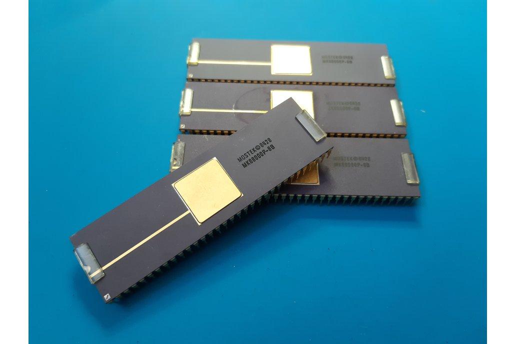 CPU MK68000P-8B MOSTEK NOS Commodore Amiga 1