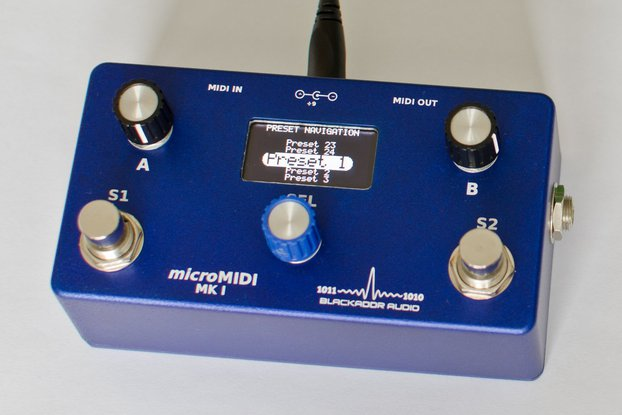 microMIDI Foot Controller (Blue with White OLED)