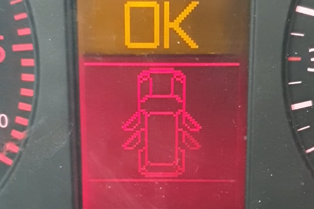 Indicator of opened door for V.A.G. cars