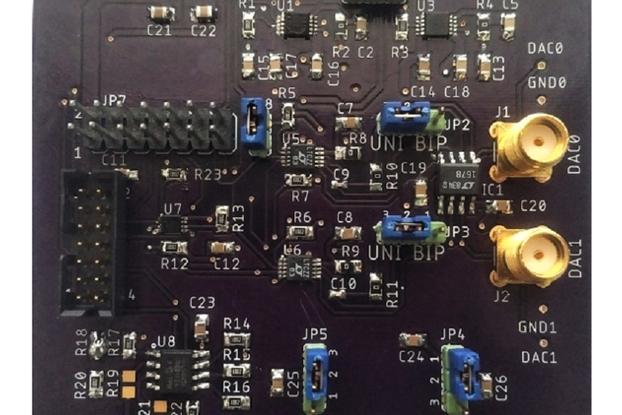 Dual 16-bit DAC DEMO Board
